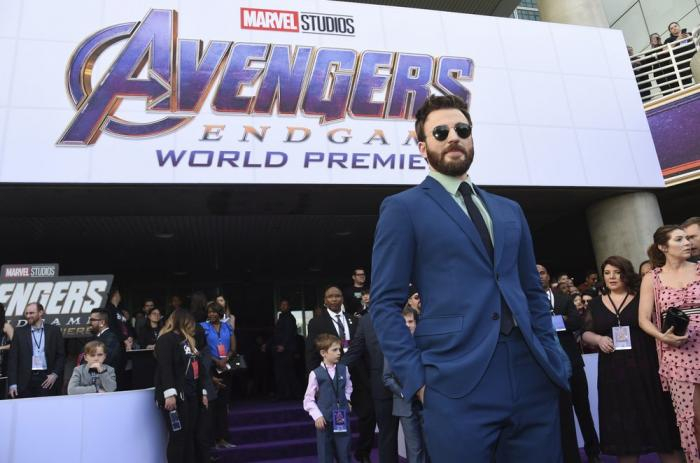 "Chris Evans arrives at the premiere of ""Avengers: Endgame"" at the Los Angeles Convention Center."
