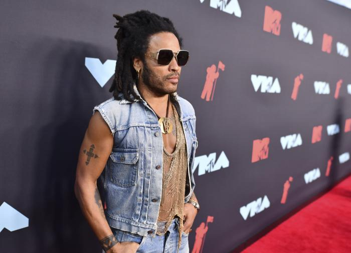 Lenny Kravitz arrives at the MTV Video Music Awards in Newark, N.J.