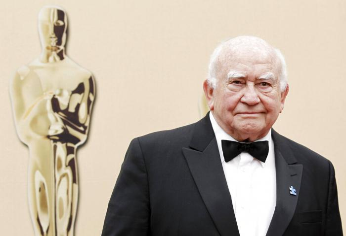 In this March 7, 2010, file photo, actor Ed Asner arrives during the 82nd Academy Awards.
