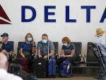 Airlines, Cruise Lines and Hotel Stocks Fall on Virus Fears